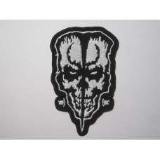 DOYLE patch embroidered